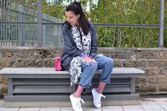 jeans e calze a rete